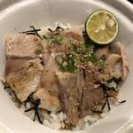 なか卯 - うま塩豚角煮丼並盛