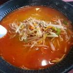 上海楼 - 料理写真:坦々麺