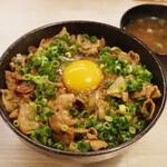 トンテキ食堂8 - 絶品豚丼(950円)+生卵(50円)