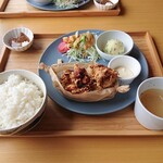 レストラン 船渡来流亭 - 2021年9月 塩麴漬け唐揚げ定食ご飯大盛(1508円)