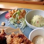 レストラン 船渡来流亭 - 2021年9月 野菜サラダとポテサラ
