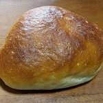 sioru bakery - クリームパン