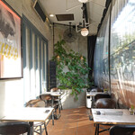 CAFE GITANE - テラスも冷房完備