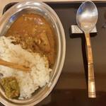 田そば - 器とスプーン立ち食い蕎麦屋の雰囲気0