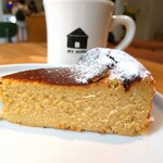 My Home Coffee, Bakes, Beer - ■ブレンドコーヒー       ■ほうじ茶チーズケーキ
