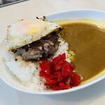 とんきん - 料理写真:バーグ 福神漬けは自由に