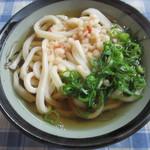 きりかみ - 料理写真:かけうどん小(200円)