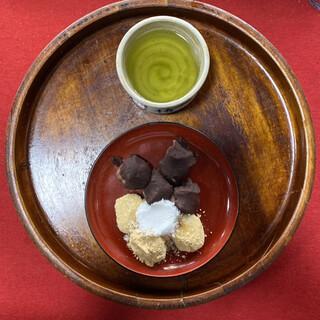 石部屋 - 料理写真:・安倍川餅 700円/税込