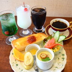 Cafe & Rest 花時計 - ドリンク代のみでモーニングサービス