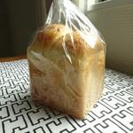 ブーランジェリー ソア - 料理写真: 食パン