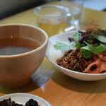 シンシアガーデンカフェ - 連れは、発酵とろろごはんとひよこ豆MISOスープセット