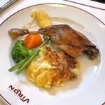 157558990 - ハンガリー産 鴨モモ肉のコンフィ(税込2,200円)