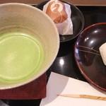 御菓子司 鶴屋 - 抹茶、利久饅頭、いちご大福