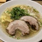 157566745 - 本丸塩らー麺 ¥850