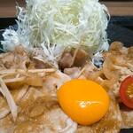 しょうが焼きBaKa - 上ロース生姜焼き 奥久慈卵の卵黄添え 小豚盛り
