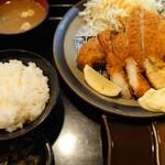 とん亭 - ロースミックス定食