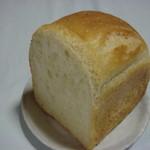 なまけもののパン屋 - 小麦のパン(180円)