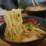 157590701 - 豪快な麺リフトw