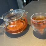 RESTAURANT 1899 - マイスター特典だった本日のお茶は和紅茶