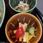 RESTAURANT 1899 - 野菜のピクルスとなんかモヤシ