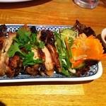 15761717 - ガイヤーン(鶏のスパイス焼き、578円)