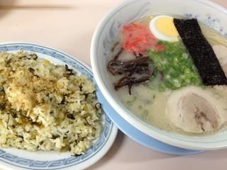おゝ竹 - Bセット(ラーメン・たかなめし小)600円