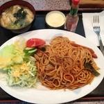 キッチン レンガ - ナポリタン(大盛)850円 こちらも美味