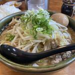 ラーメン郷 - 料理写真:もやしトッピング