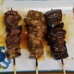 もつ焼 でん - 料理写真:2012.11 たんすじ、あぶら、ちれ(各1串140円)