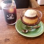 オサル コーヒー - 水だしアイスコーヒー 500円&プリン 550円