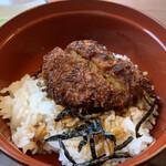 食堂きかく - 半ソースカツ丼
