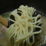 葵亭 - 麺の様子
