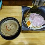 つけ麺 夢人 - 料理写真:魚介坦々つけ麺並950円