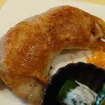 レストランMOMO - 鶏のコンフィ