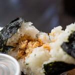 雪ん洞 - 料理写真:2021.9 爆弾おにぎり 鮭(730円)