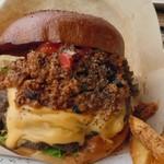 ロッシーズ - Tex in Chili Cheese Burger(テックス・イン・チリチーズバーガー)