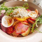 AWkitchen GARDEN - 10種類の旬野菜と釜揚げシラスのペペロンチーノ1590円