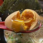 麺や ZEっ豚 - 味玉