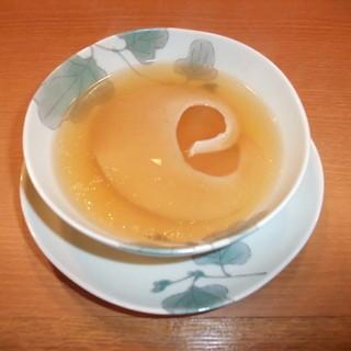 フカヒレのすっぽんスープ仕立て