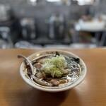 青島食堂 司菜 - 料理写真:青島ラーメン+薬味刻みねぎ50円