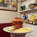 157719658 - 『Reg-on Jack Burger¥1375』                       ※ジャックチーズを3種類から選択(全部入りも可)                       【ドリンク】                       『チョコバナナプロテインシェイク¥880』