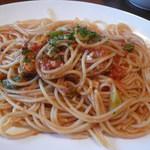 15772987 - ランチ 牡蠣と青野菜のトマトソース