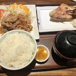 しんばし初藤 - 赤魚の西京焼きとしょうが焼き