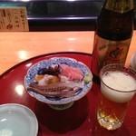 鮨政 - 瓶ビール600円とおつまみ