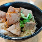 157730167 - 豚丼