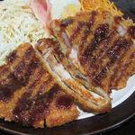 一品料理 兎~USAGI~ - トンカツ定食