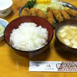 とんかつ 万平 - カキフライ定食(1,600円)