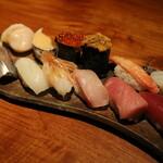 鮨処 すずめ - 料理写真:地魚握り12貫