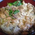 1578655 - 究極の親子丼 胡麻豆腐、味噌汁、漬物、デザート付き