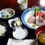 魚料理 ホノルル食堂 - 料理写真:
